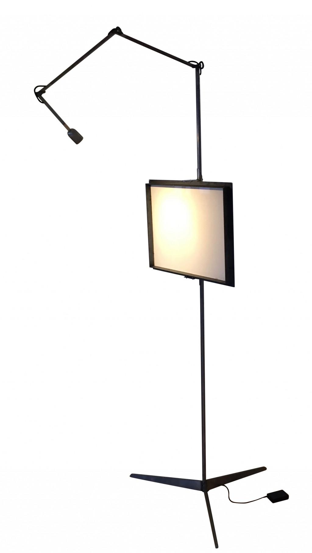 Bilderrahmen-Ständer 'EYE Lamp', Reinhard Müller 2019